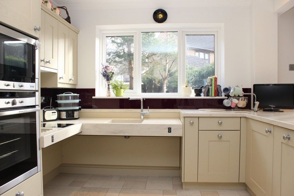 Etonnant Wheelchair Accessible Sink Stovetop And Counter Space