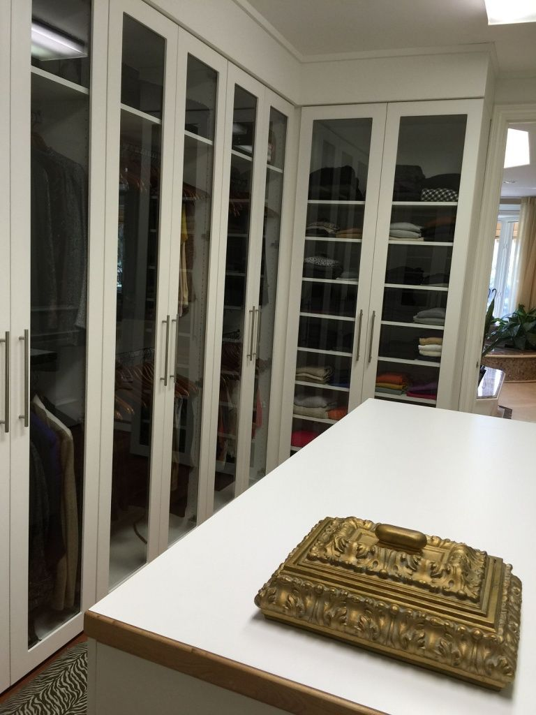with l leading custom storage cabinet large photo bethmann mansion credit systems reach in de doorway and system bathroom the closet designs to design